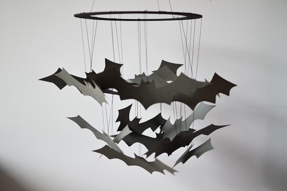 DIY Halloween Hanging Bats