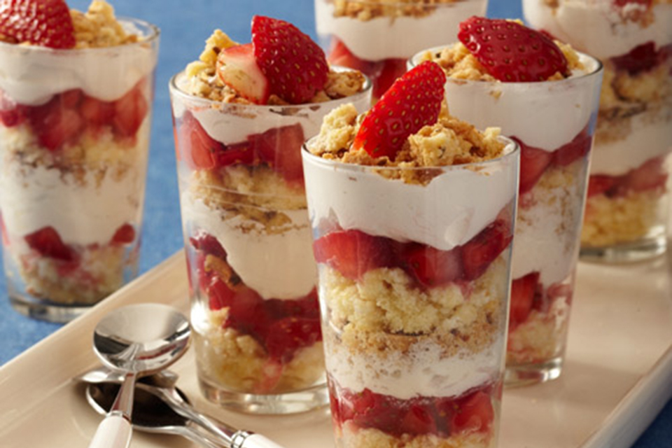 Tiny Twinkie Strawberry Trifles